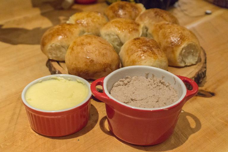 Creton et miche de pain maison