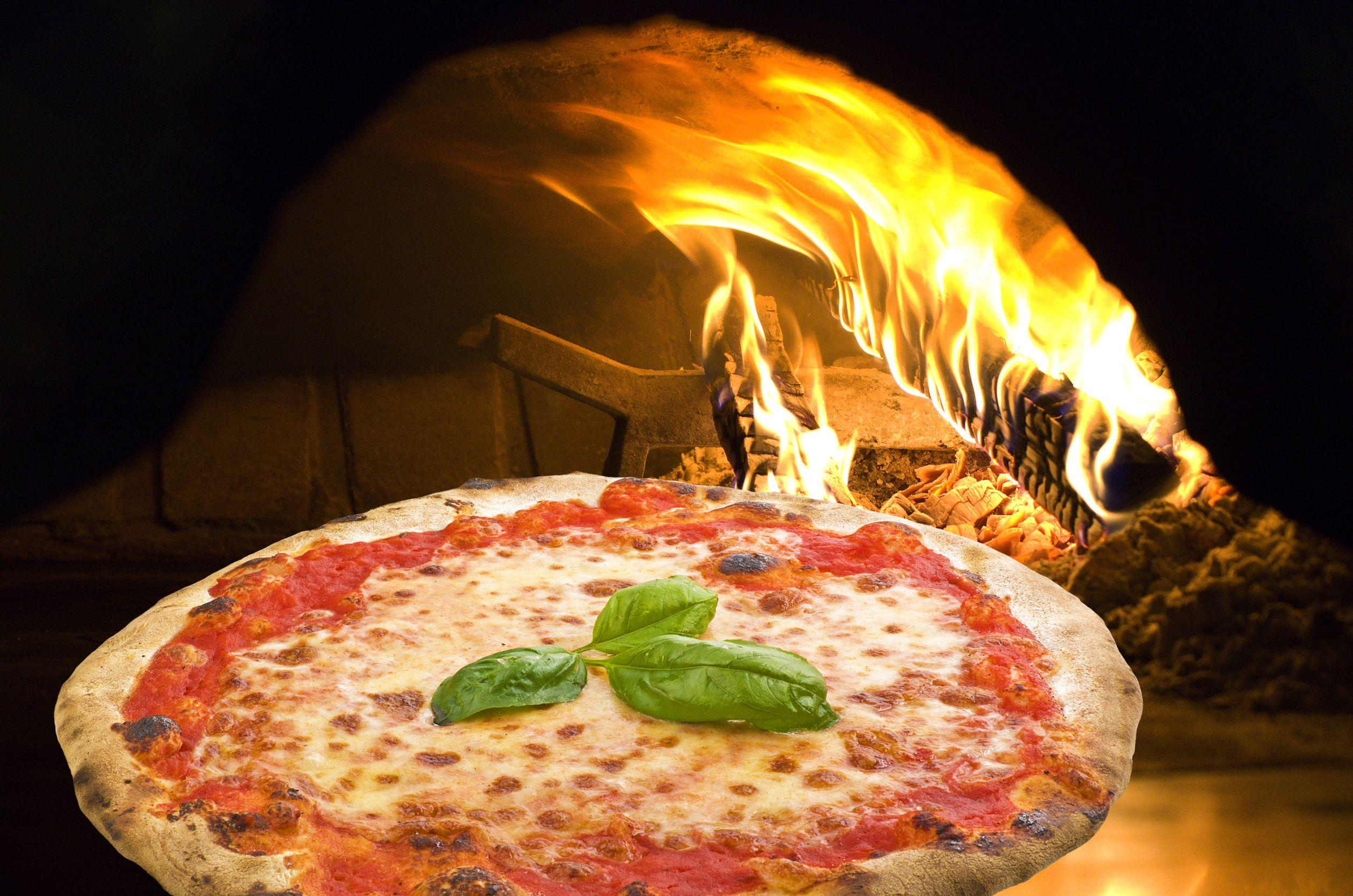 Restaurant Le SDD Chertsey -pizza margherita